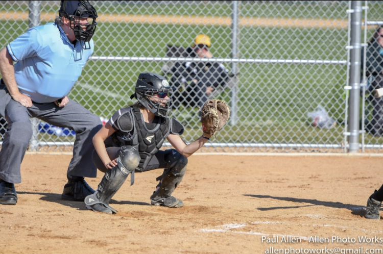 VMSS+eighth+grader+inspires+others+through+softball